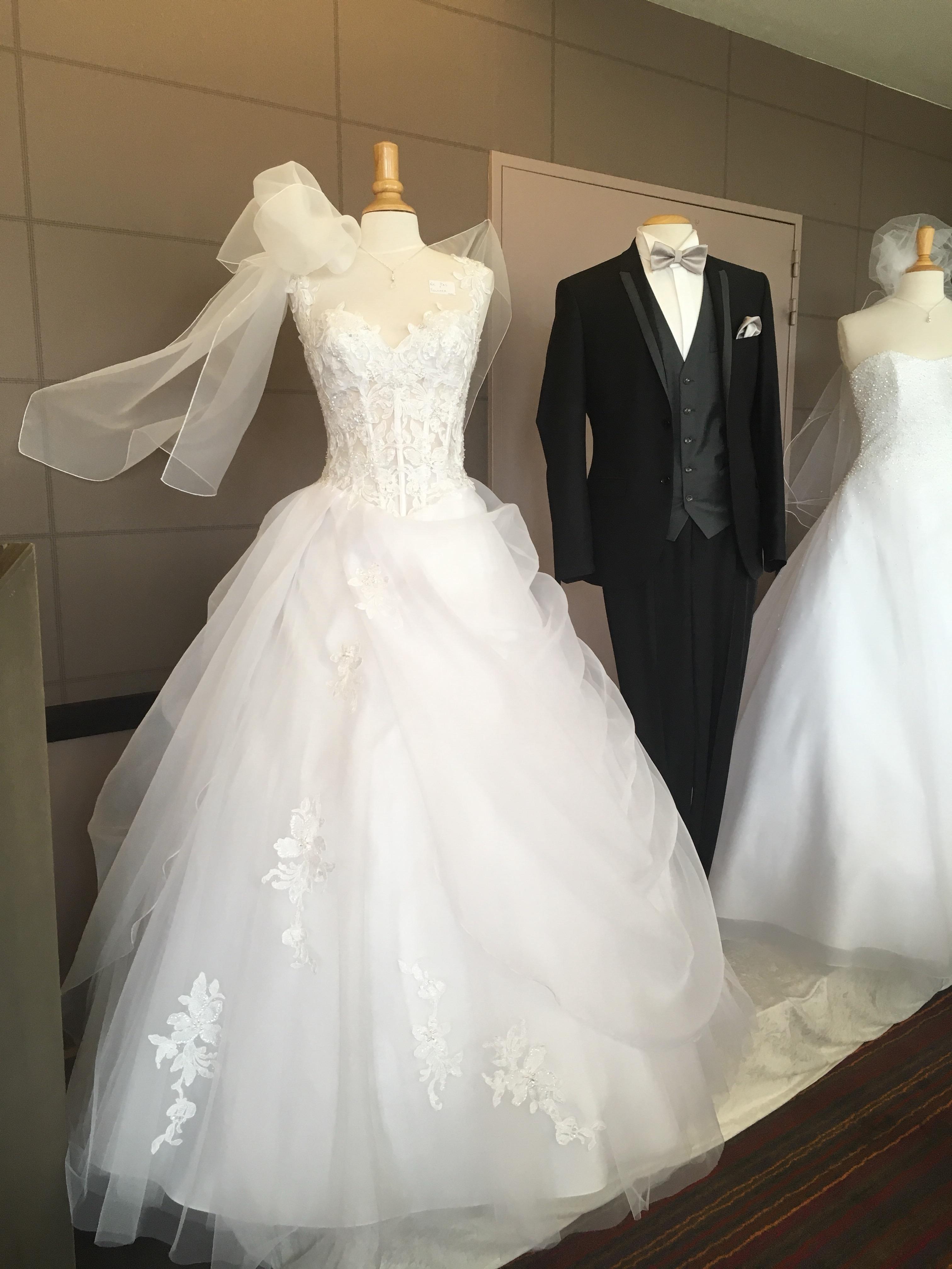 Le salon du mariage 2017 clermont ferrand sophie olivia for Le salon clermont ferrand